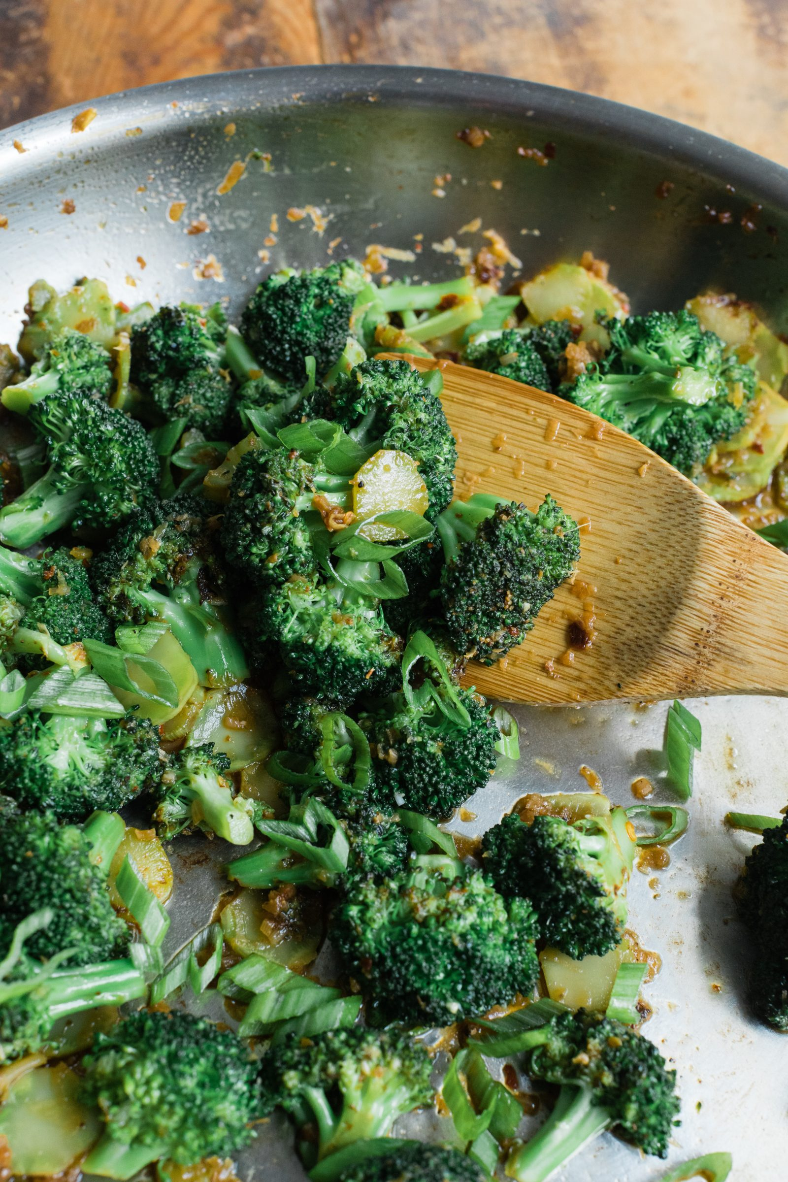 Stir-Fried Broccoli with Sichuan Peppercorns