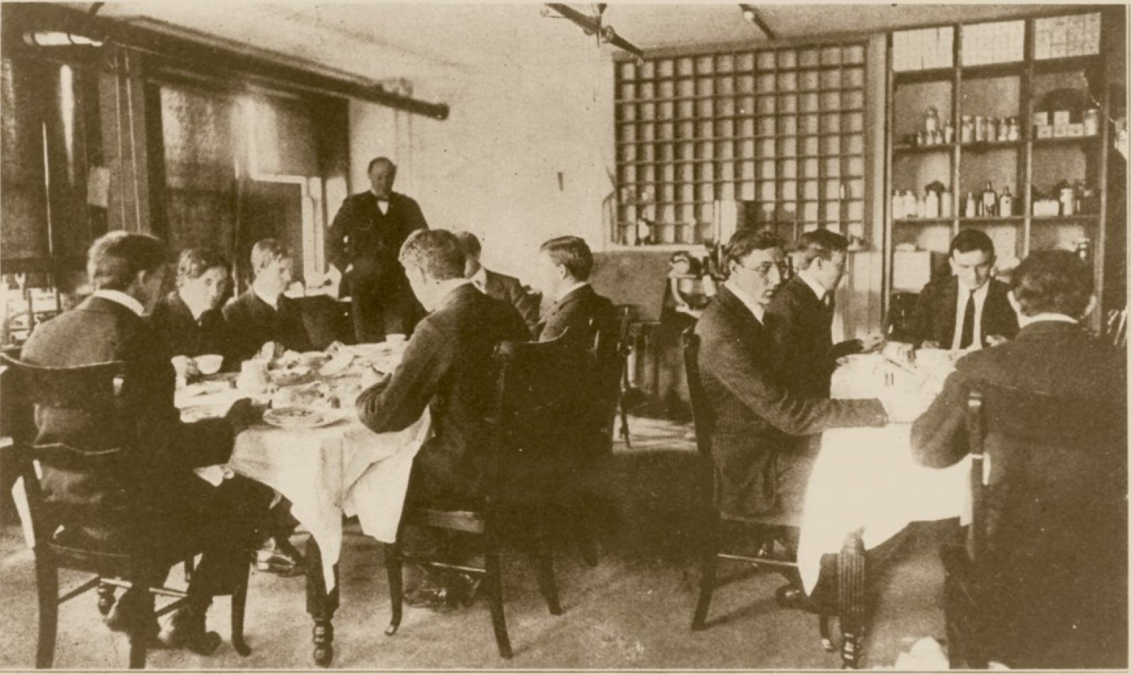The Poison Squad: In 1902, Why do 12 Volunteers Eat Poison with Every Meal?