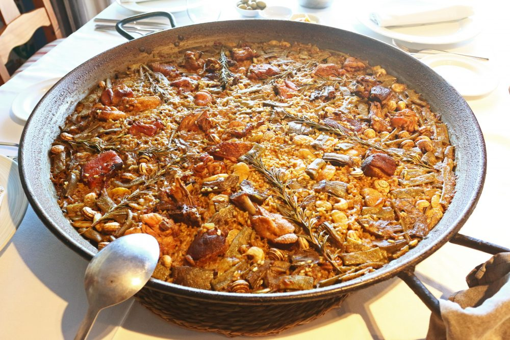 Bringing Valencia's Classic Dish Home: Weeknight-Easy Paella 2