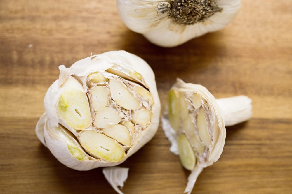 How to Poach Garlic 1