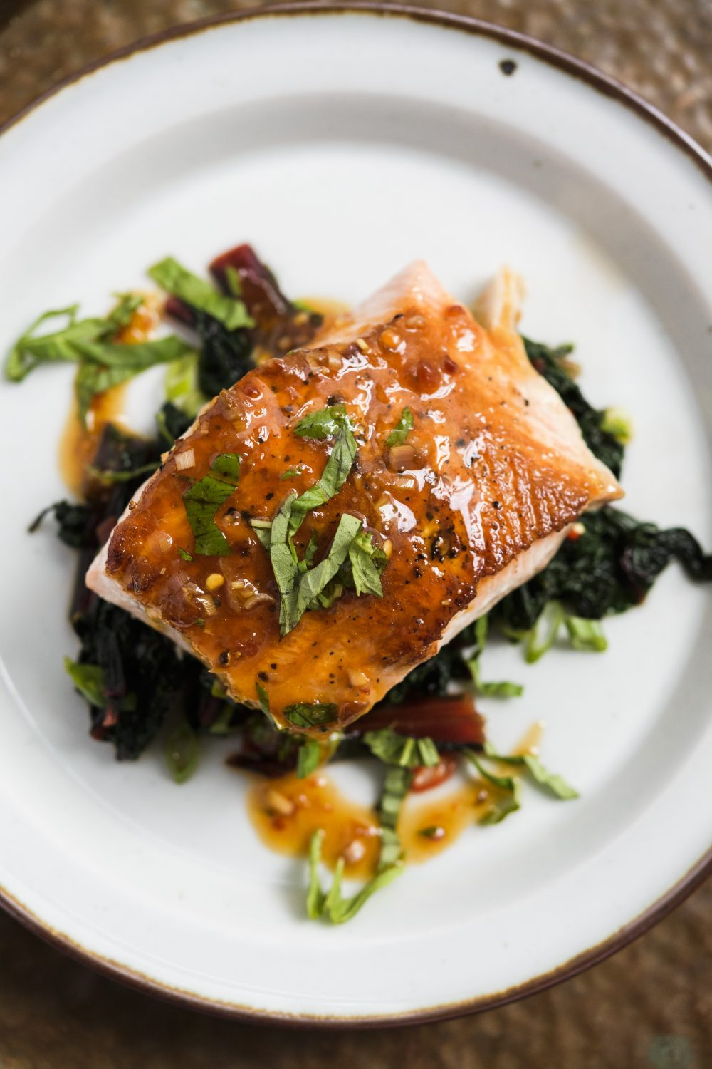 Glazed Salmon with Chili-Basil Sauce