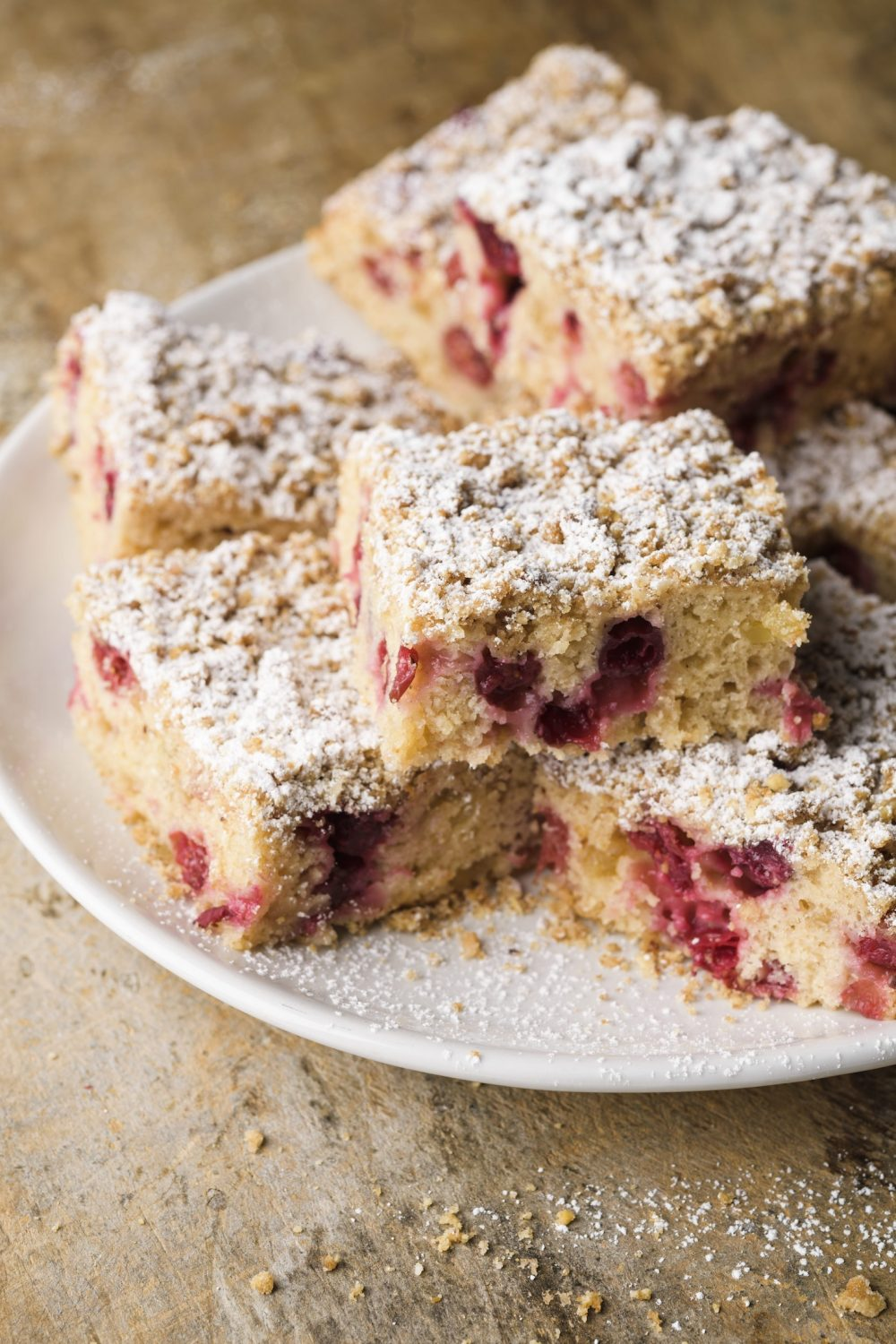 cranberry-candied-ginger-buckle-v