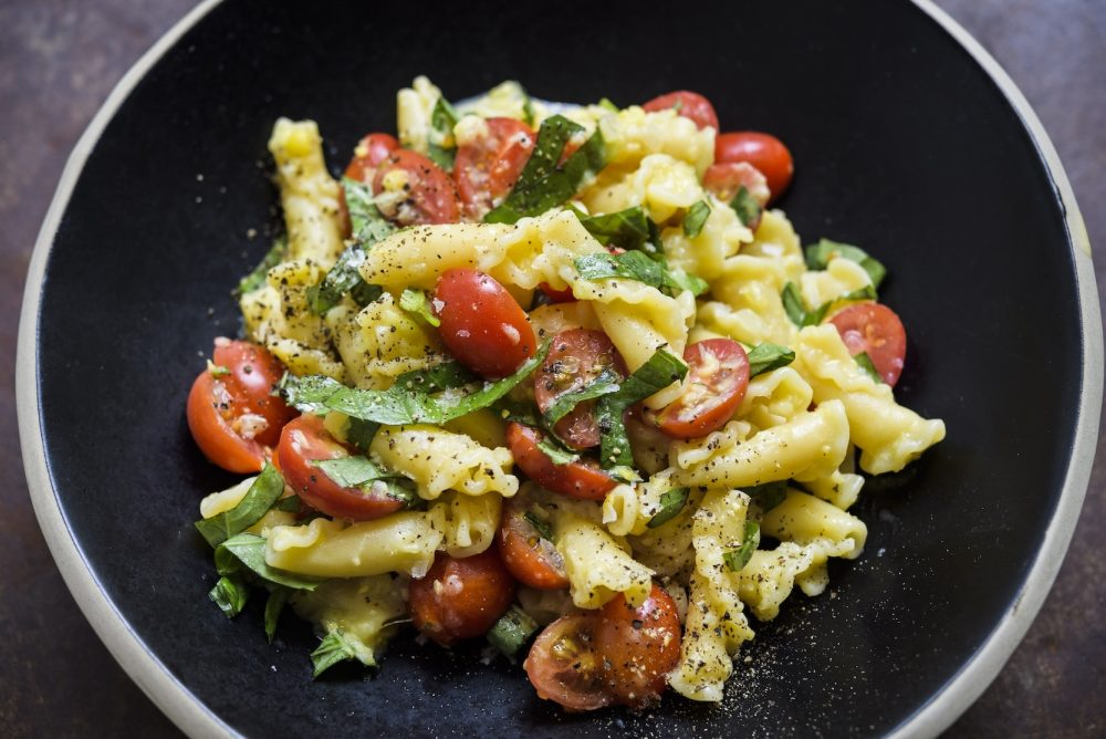 sweet-corn-tomatoes-basil-campanelle-pasta-h