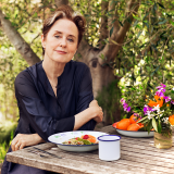 Alice Waters Headshot