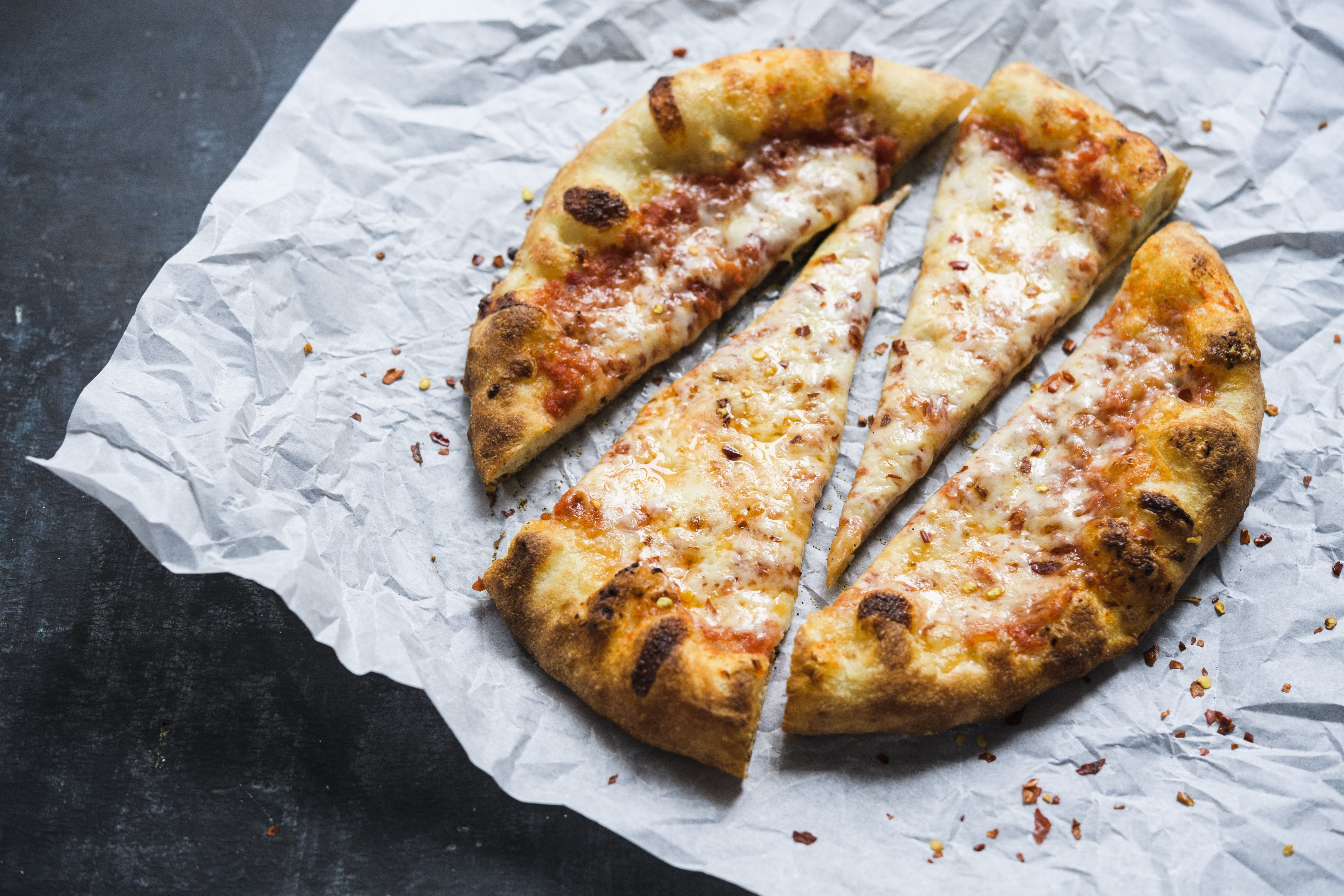 5 Tips for Making Better Pizza at Home