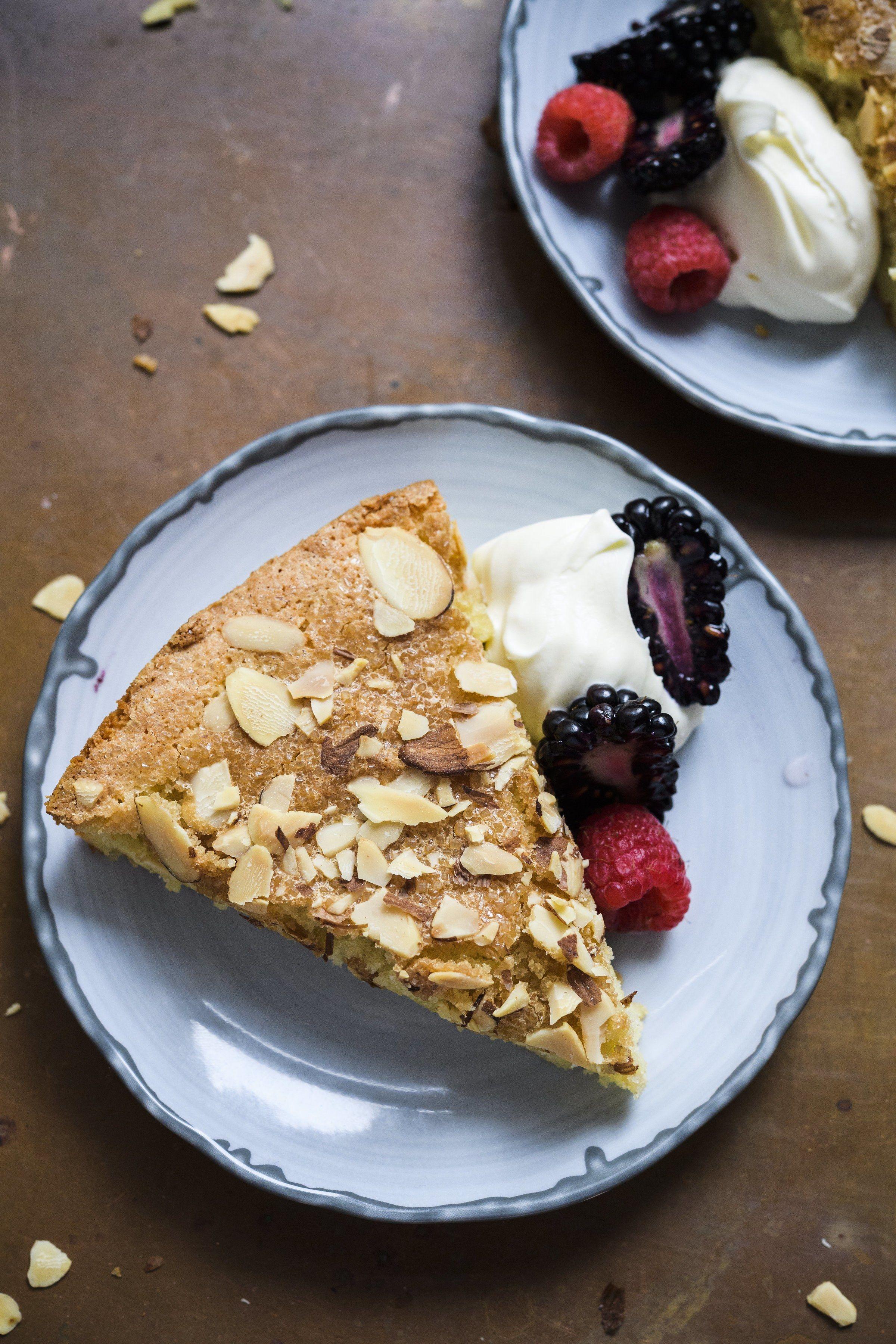 Spanish Almond Cake (Tarta de Santiago)
