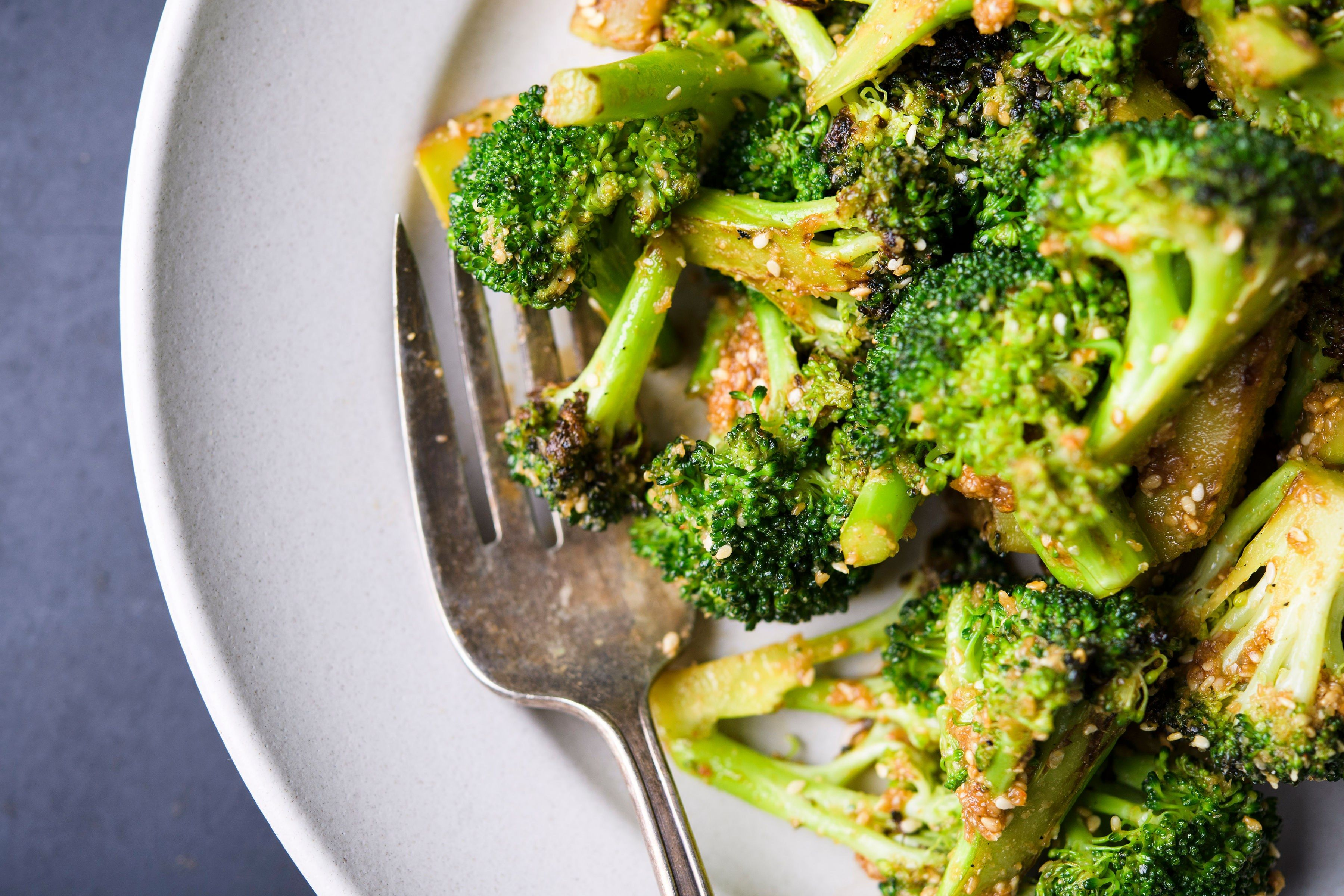 Charred Broccoli with Japanese-Style Toasted Sesame Sauce