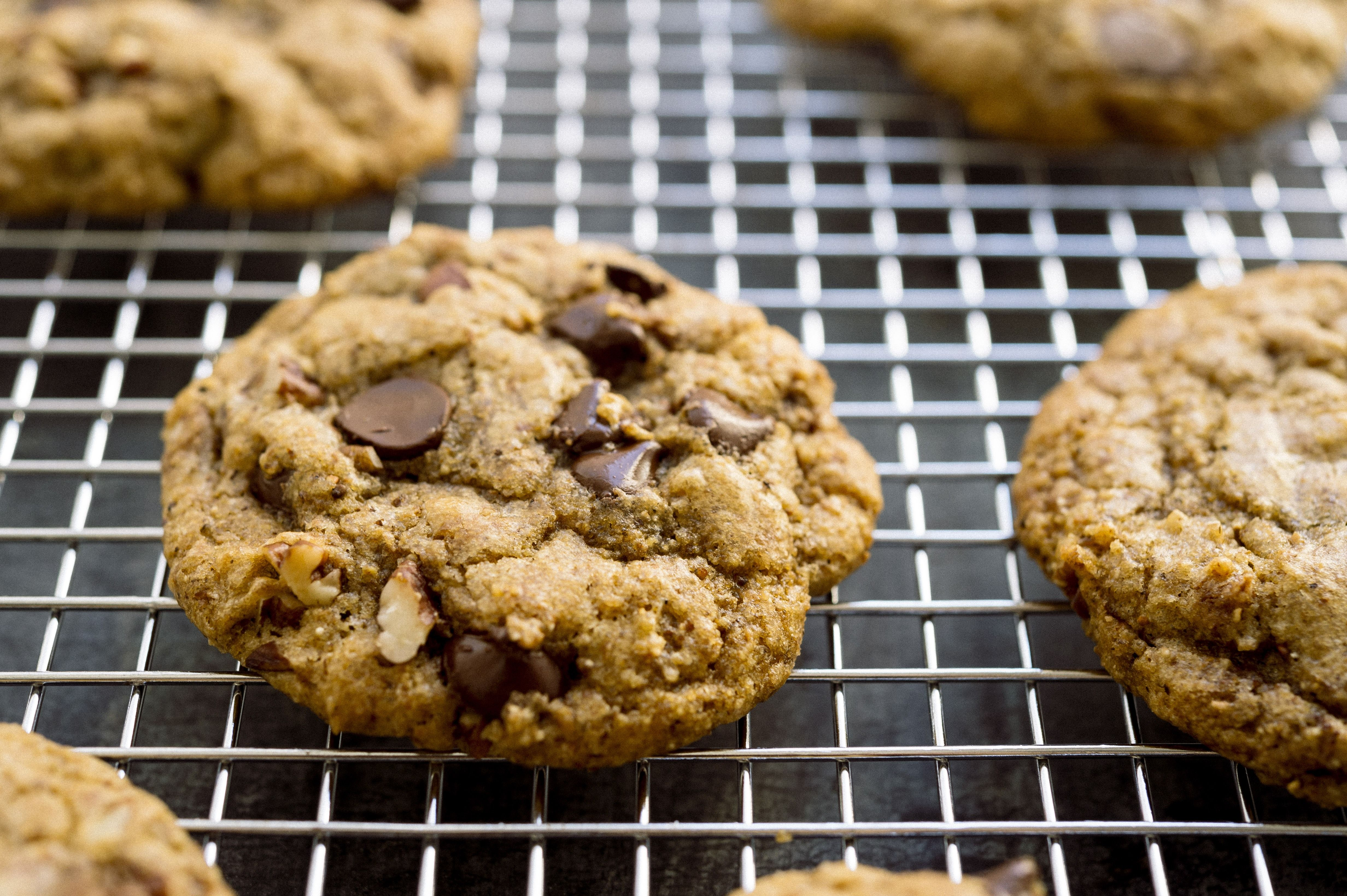 Should You Freeze Raw Cookie Dough or Freeze Baked Cookies?